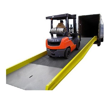 Portable Steel Yard Ramp (1)