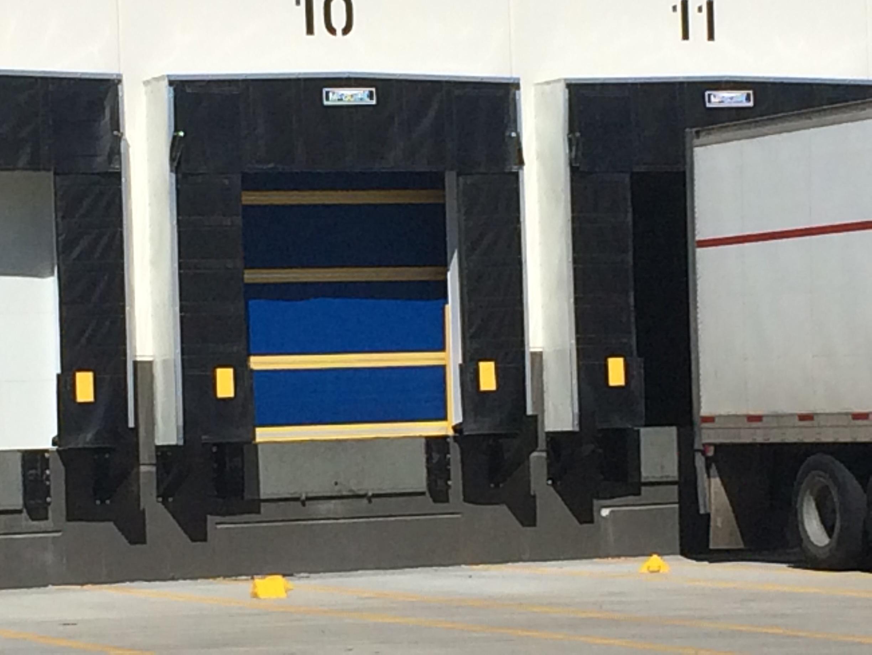 Dock_door_shelter_seals_bumpers_pads_cushions_foam_pads_nj_nyc_repair_replacement